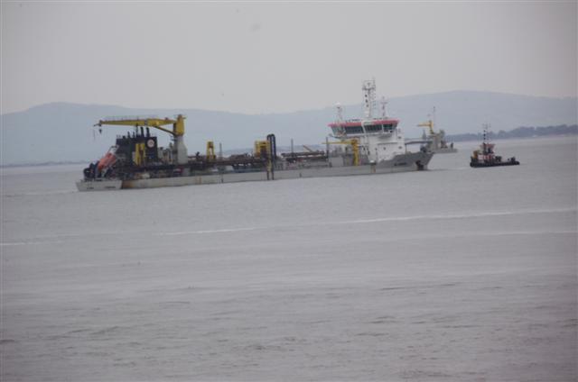 AL-IDRISI sand-dreger at colwyn bay Dscf5016