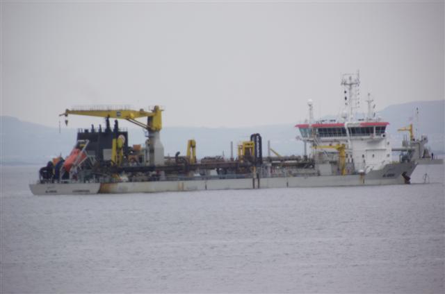 AL-IDRISI sand-dreger at colwyn bay Dscf5020
