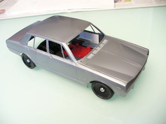 skyline GT-R PGC10 4 doors P1010820