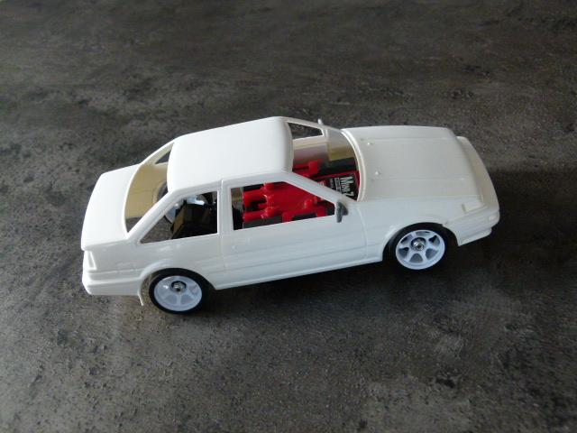 AE86 2 portes P1070015