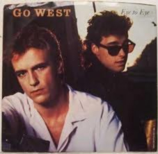 GO WEST Downl238
