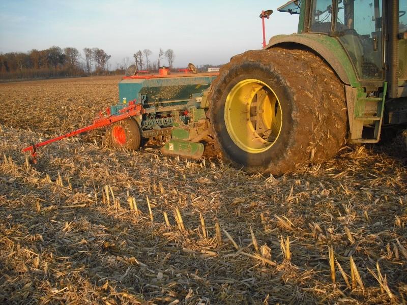 semis de blé 2013-2014 - Page 19 Cimg4426