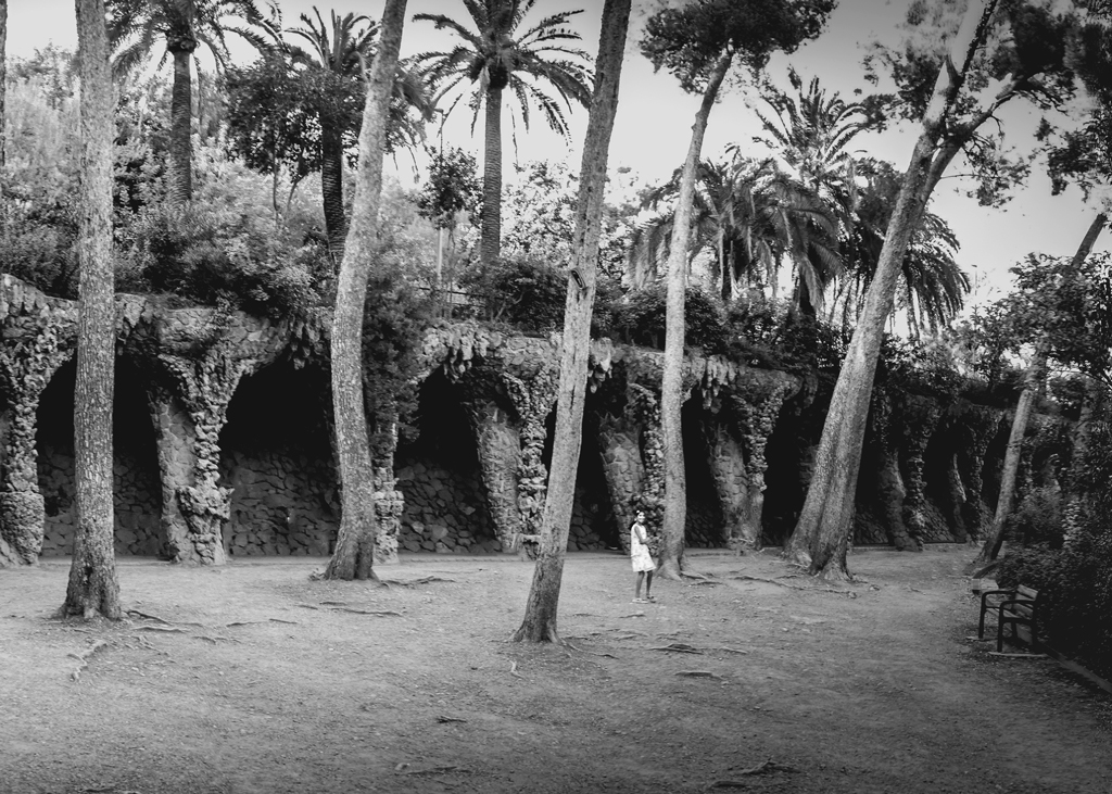 """Les """"cavernes"""" du Park Güell...+ nouvelle version 30868911"""
