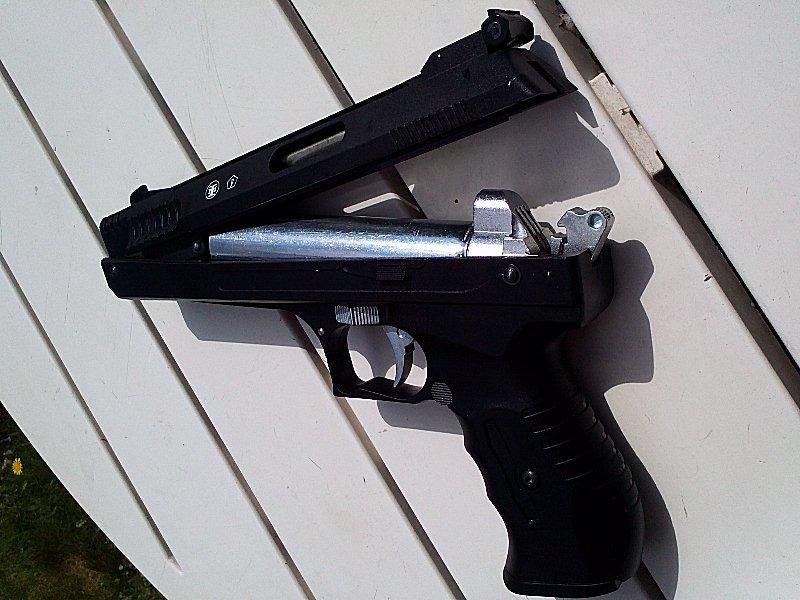 Réception premier pistolet : Beeman P17 01110