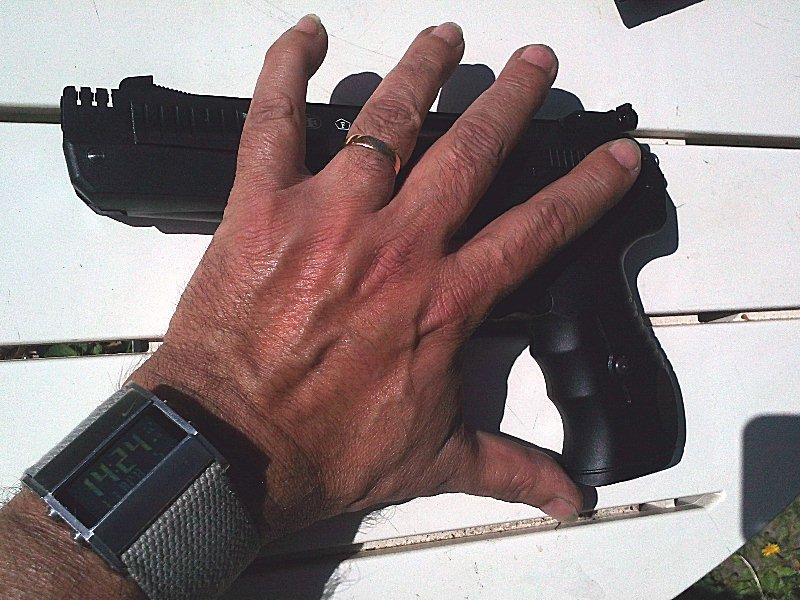 Réception premier pistolet : Beeman P17 01310