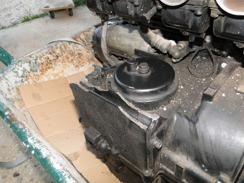 Changer caters bas moteur 1000 j / r Dsc01113