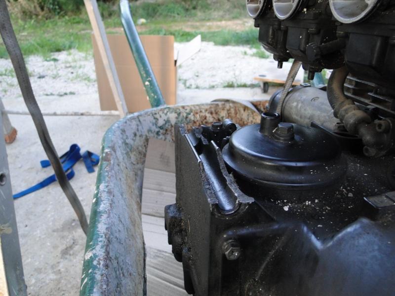 Changer caters bas moteur 1000 j / r Dsc01114
