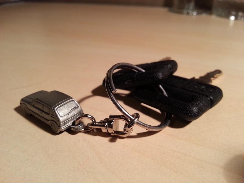 Porte clé 205 GTI en étain  20131012
