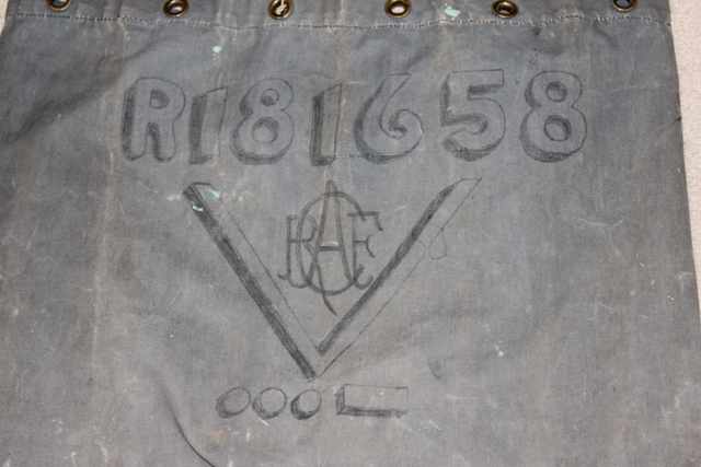 RCAF kit bag artwork My_col10
