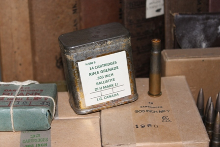 .303 grenade launching cartridge tin label My_col22