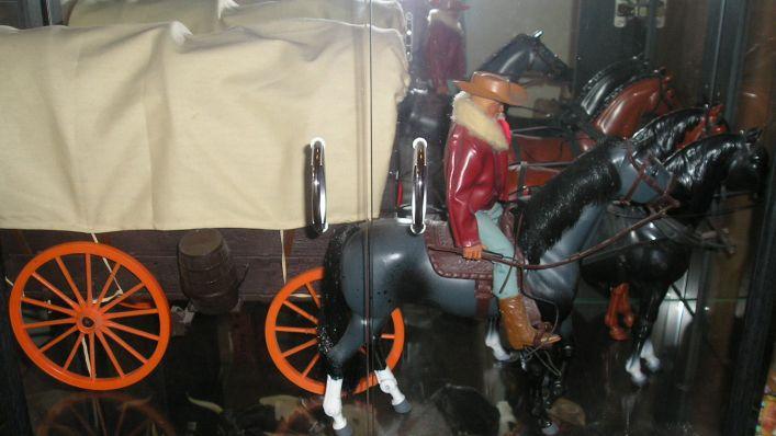 Collezioni Heroes & Horses  di Black Box Bj_wag10