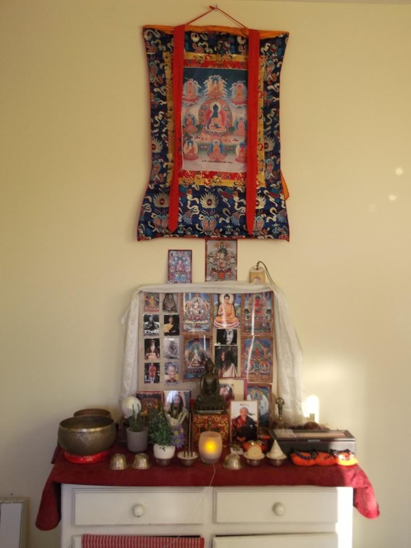 Qui a un autel? Dscf3812
