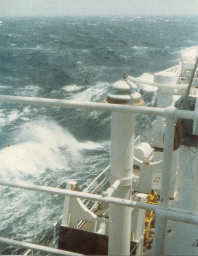 [Plongeurs démineurs] Bâtiment d'Expérimentations et de Recherches Sous-Marines (BERSM) TRITON - Page 2 Img16911