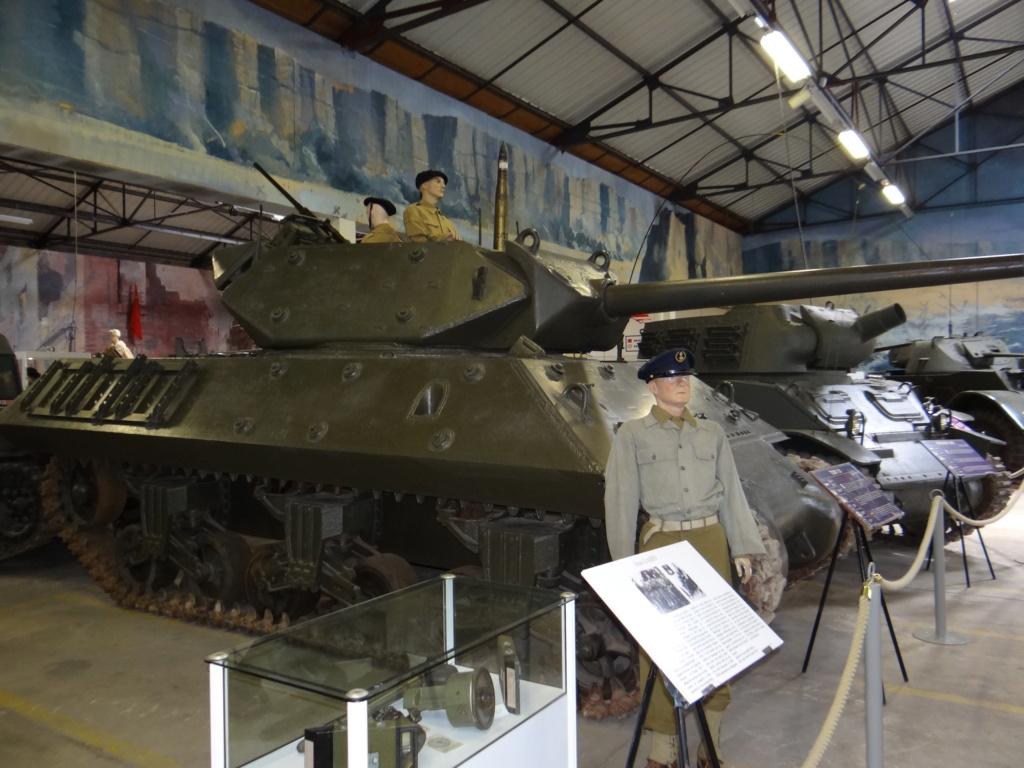 Musée des blindés SAUMUR Dsc00021