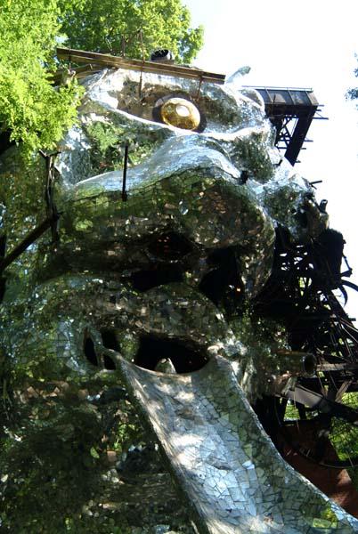 Une sculpture / un sculpteur en passant - Page 3 Cyclop10