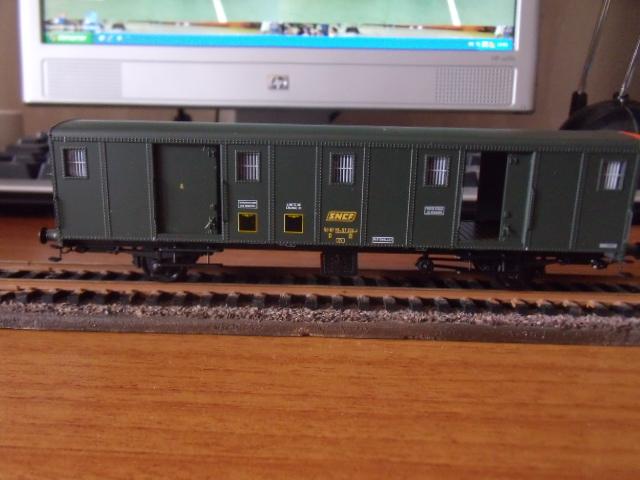 wagon de marchandises REE Dscf4810