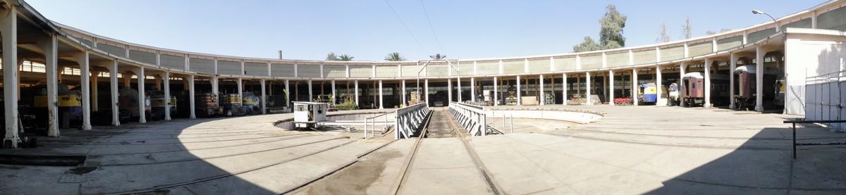 A la recherche des rotondes ferroviaires - Page 2 80007110