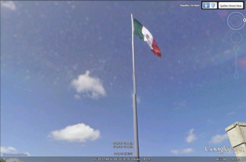 Drapeau (français) mexicain - Frontière USA, Laredo, Texas Aaaaaa10