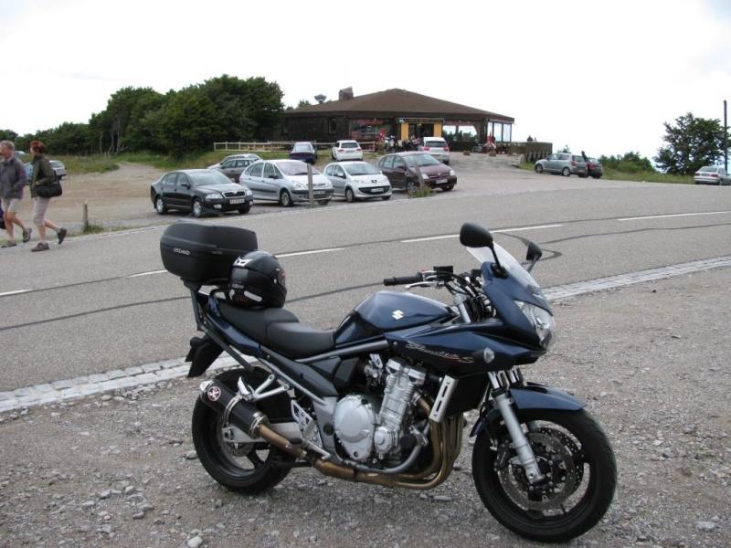 Vos plus belles photos de moto - Page 37 Img_0612