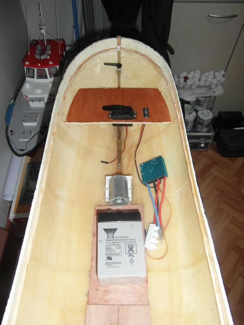 bateau  cux 28 cuxhaven échelle 1/22  - Page 3 00512