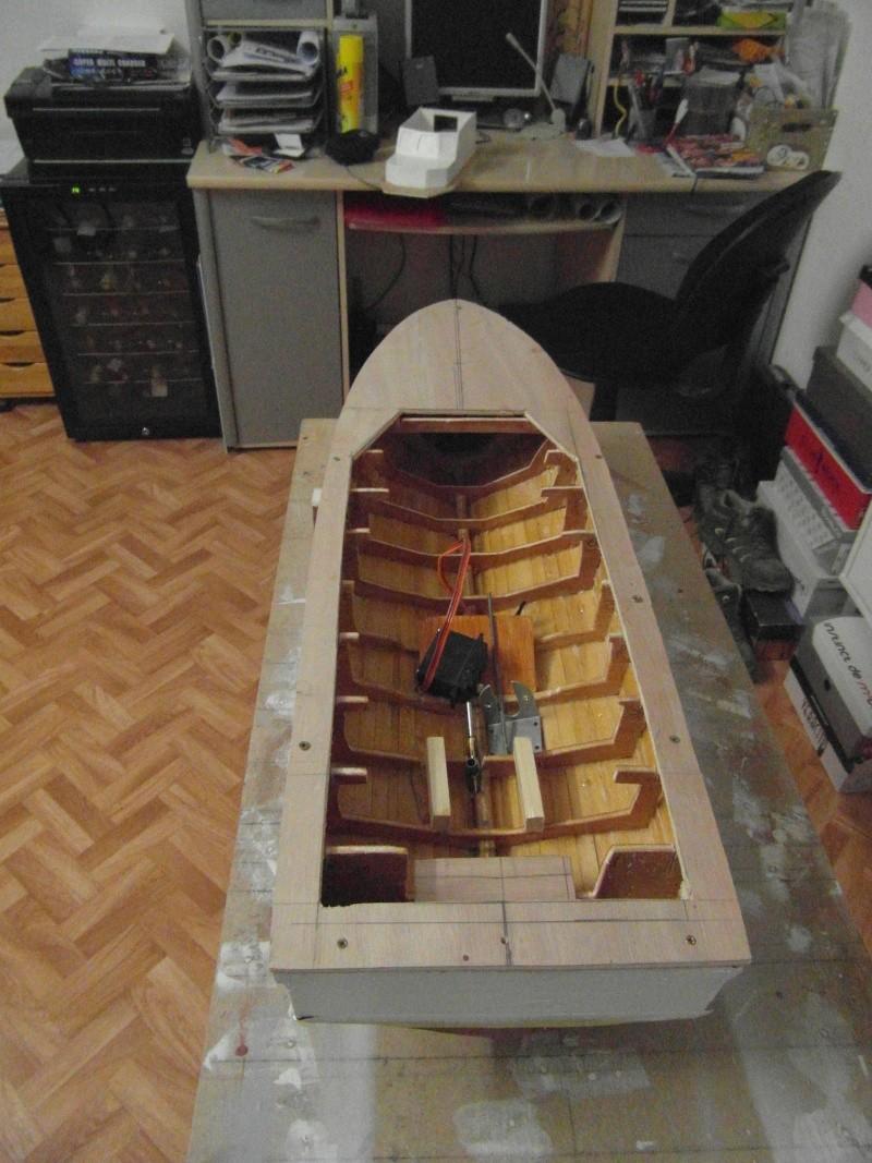 bateau pilote  échelle 1/20 00810