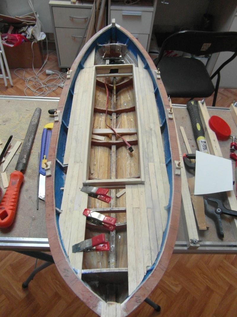 Barque Marseillaise echelle 1/8,12 - Page 2 00915