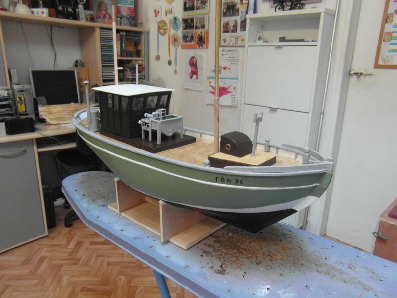 bateau  cux 28 cuxhaven échelle 1/22  - Page 4 01915