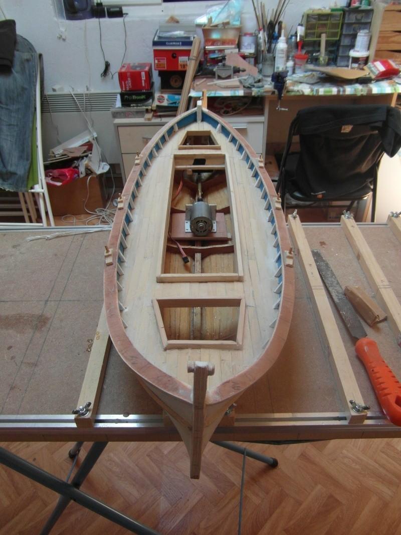 Barque Marseillaise echelle 1/8,12 - Page 2 03710