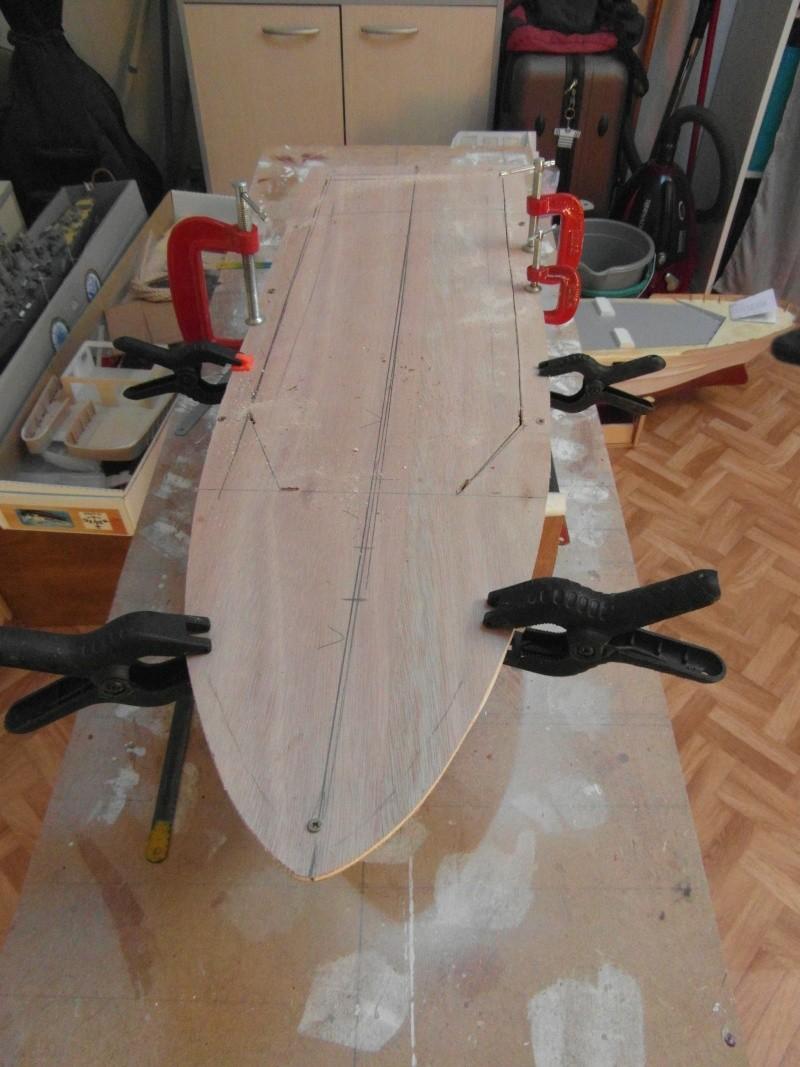bateau pilote  échelle 1/20 05511