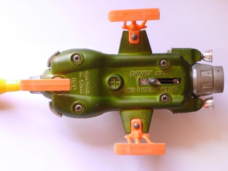 Ufo Interceptor 351 Dinky Toys in ottime condizioni con missile funzionante Dscn1716