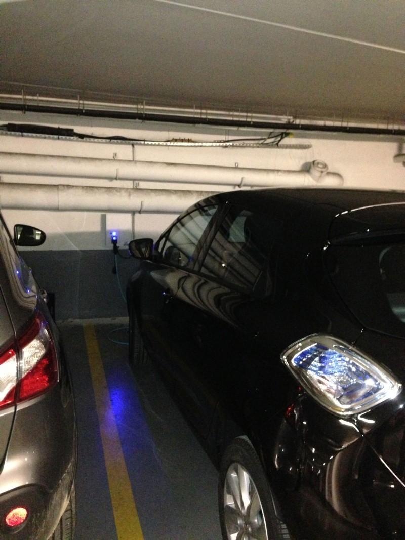 Borne de recharge et Parking privé en copropriété : quel choix ? Img_2512