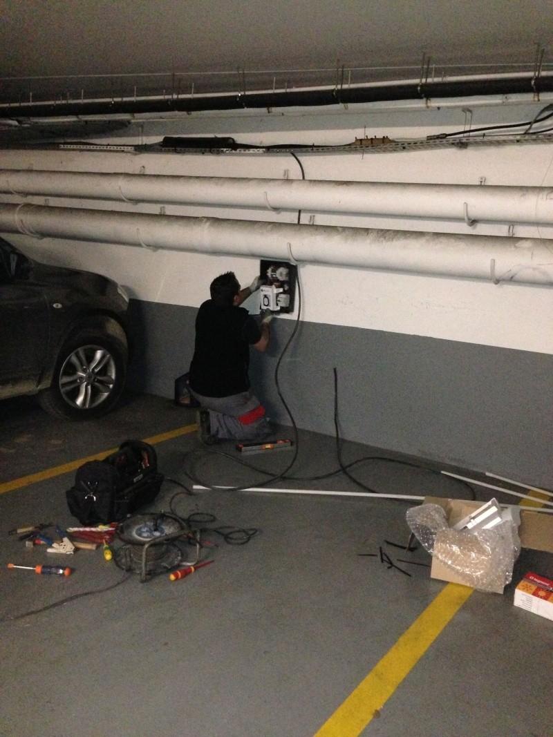 Borne de recharge et Parking privé en copropriété : quel choix ? Img_2518