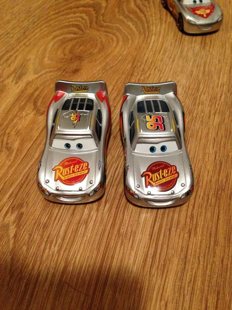 [CARS 1] Exclusivité Allemande Metallic : Lightning McQueen with Stickers Img_3810