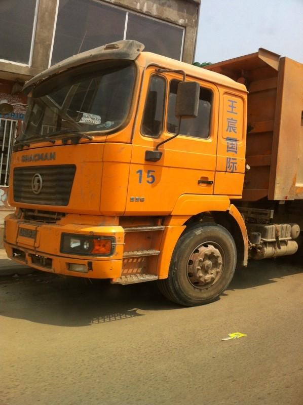 Camions d'Angola  Shacma10