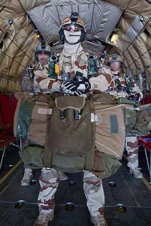 Chuteurs ops du commando Trepel Comman10
