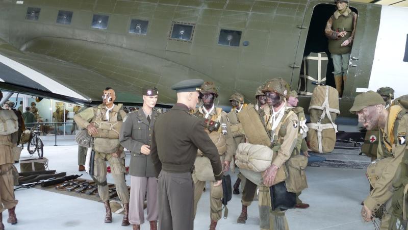 70e anniversaire du débarquement aéroportée en Normandie dans la nuit du 5 au 6 juin 1944 P1030011