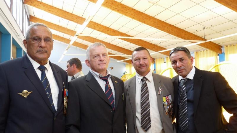 L'amicale des Anciens du 9ème R.C.P. à la commémoration du Drakkar P1050112