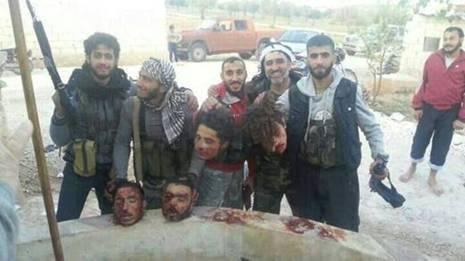 Voila qui est le vrai visage des rebelles en Syrie! Rebell10