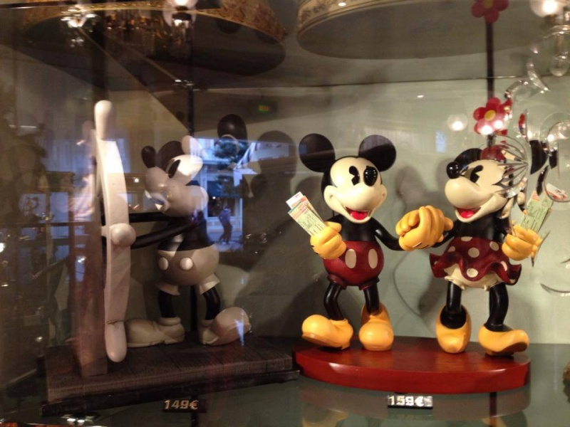 Big Figurines Disney - Page 2 15268110