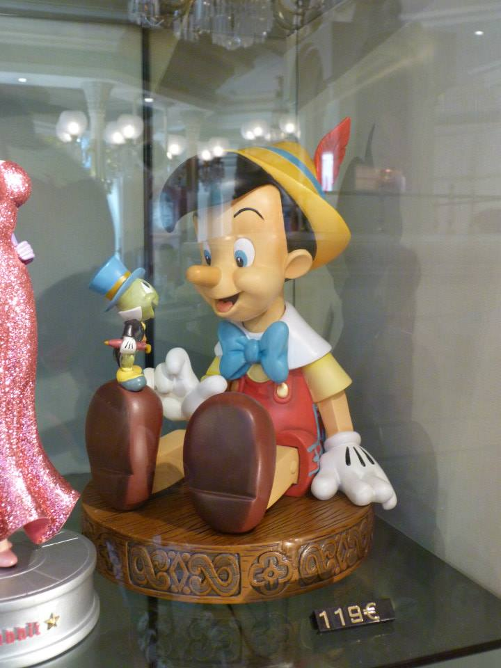 Big Figurines Disney - Page 2 55631610