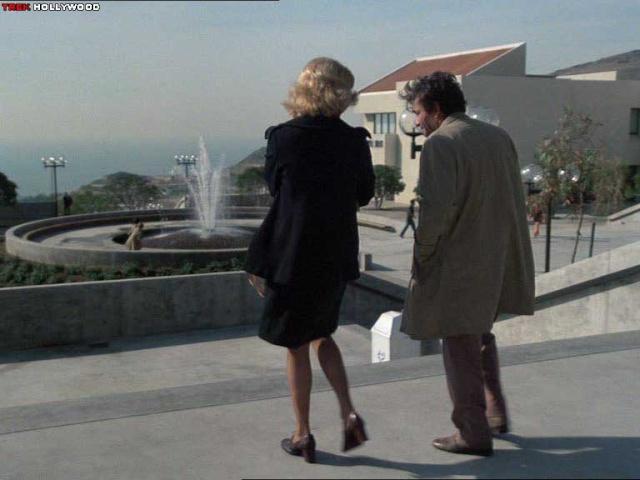 Episode 18 : Le professeur (Class in Crime) 03231010
