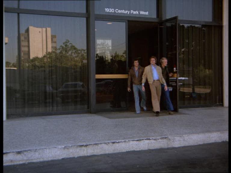Episode 16 : Traquenard - (The Set-Up) Part 1&2 Vlcsn533