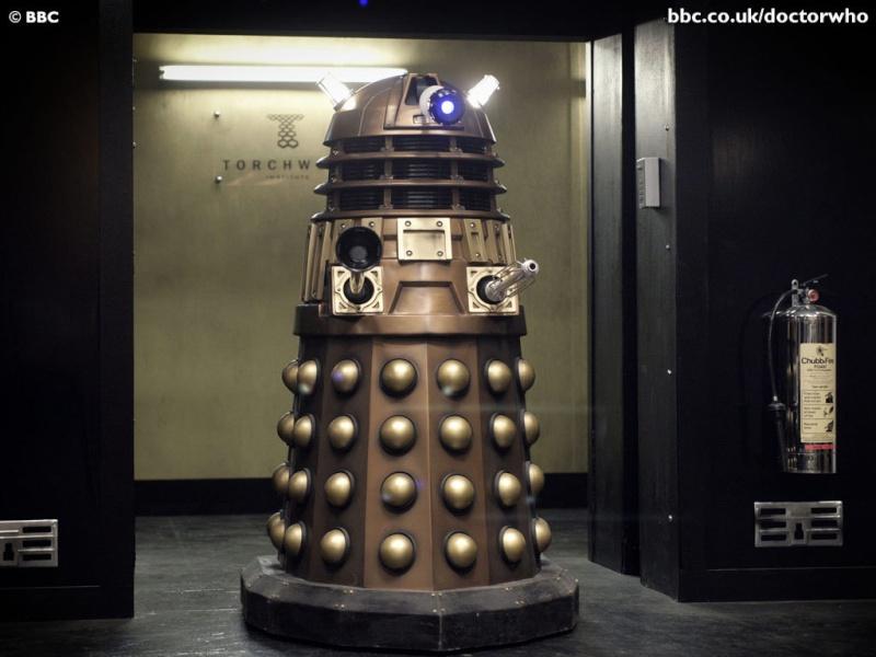 Bonjour à vous, amis des montres ... Dalek210