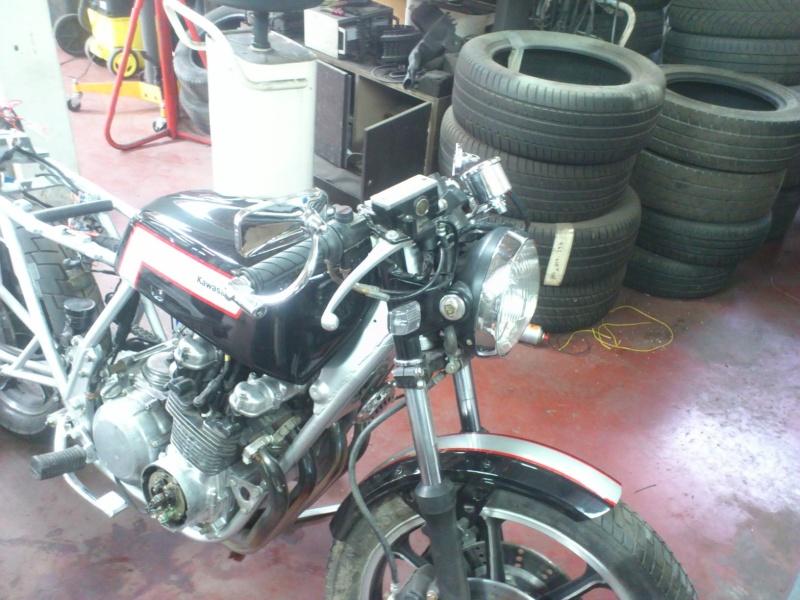 Kawa Z500 pourrie vers racer sympa et low cost>>> photos fin - Page 4 Dsc_0510