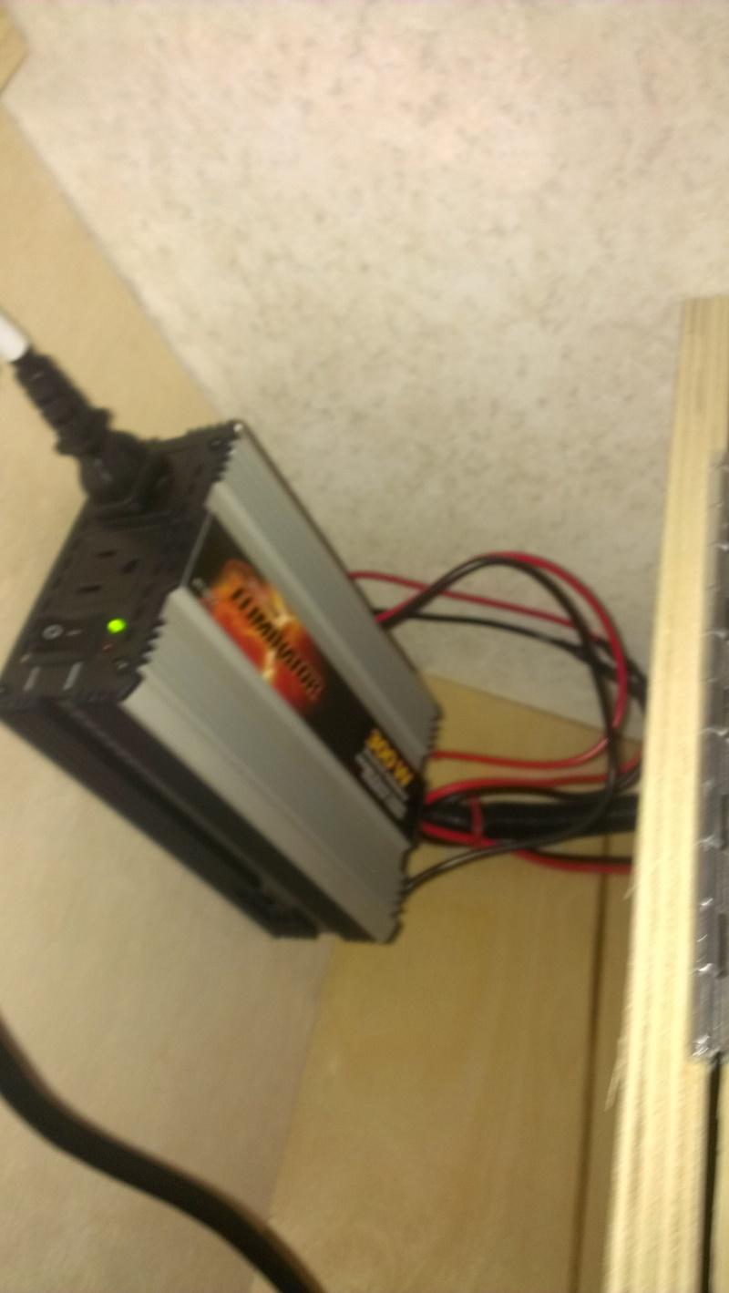 Branchement d'un onduleur au convertisseur électrique WFCO WF-8735P  Imag0646
