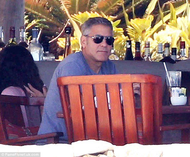 George Clooney in Cabo Aaa810