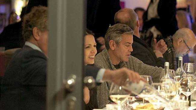 George Clooney at dinner at Grill Royal Berlin10