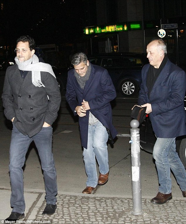 George Clooney at dinner at Grill Royal Berlin12