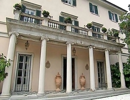 George Clooney's House in Lake Como, Milan, Italy - Page 6 Hh910