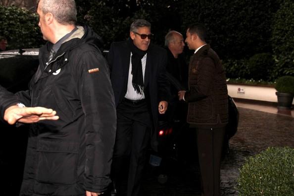 Monuments Men cast visit Da Vinci's Last Supper in Milan. It11